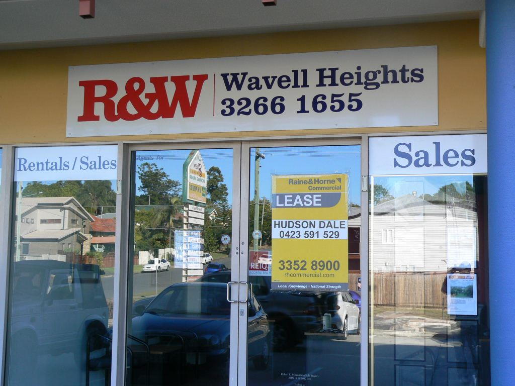 R & W Wavell Heights